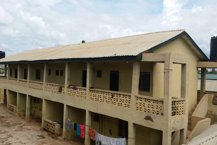 KING AND QUEEN HOSTEL